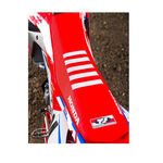 _Tj seat cover with ripples Honda CRF 250 R 18-19 CRF 450 R/X 17-19 USA Red-White | ST17CRFBTSR | Greenland MX_